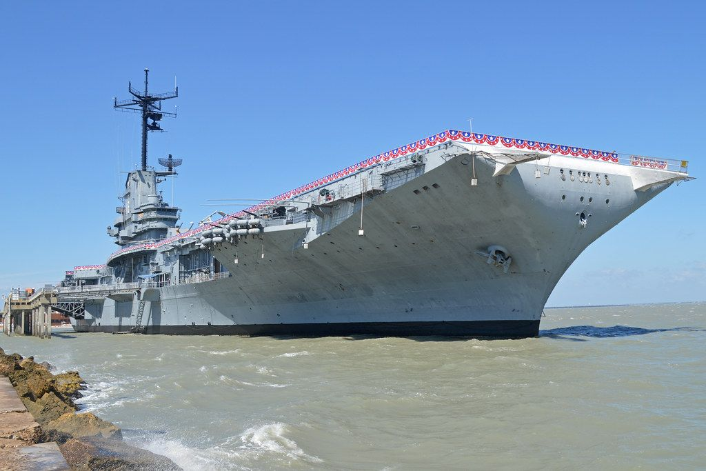 """""""USS Lexington (CV-16)"""" by Support your local Air Museum! (HawkeyeUK) is licensed under CC BY-SA 2.0"""