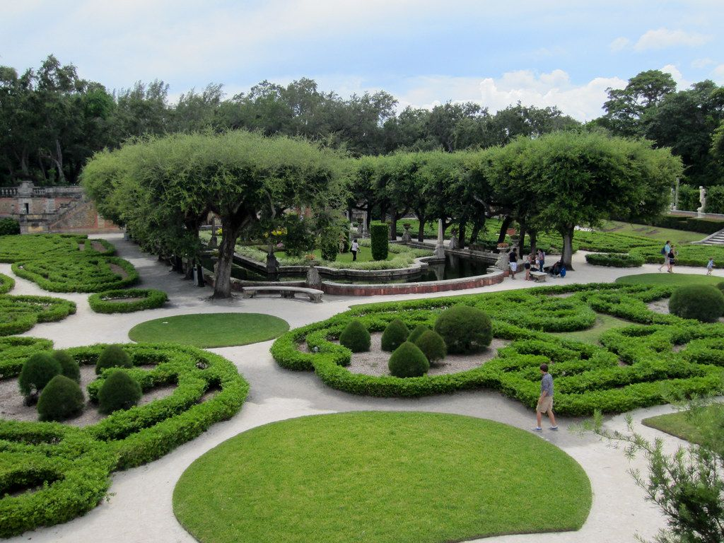 """""""Vizcaya Museum and Gardens-8.jpg"""" by mrlaugh is licensed under CC BY-SA 2.0"""